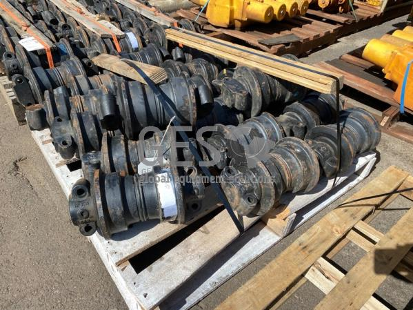 Komatsu Track Roller Assembly x ~19 to suit PC300 Part 207-30-00511 ItemID_4278