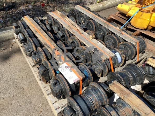 Komatsu Track Roller Assembly x 18 to suit PC300 Part 207-30-00511 ItemID_4279