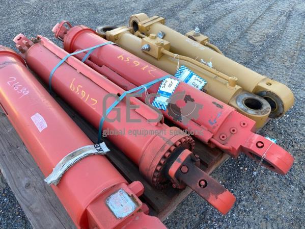 Sandvik Cylinders Boom Swing x 2 Refurbished SNM025