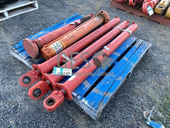 Sandvik Cylinders x 5 Refurbished, Boom Extension x 3, Jack x 2 SNM028