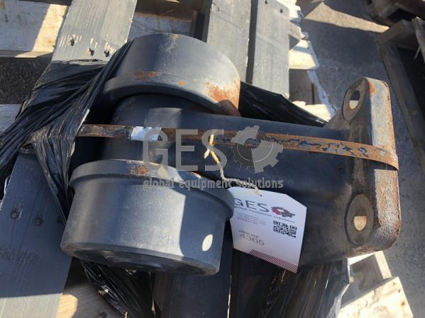 Komatsu Carrier Roller Part 209-30-00300 ItemID_4365