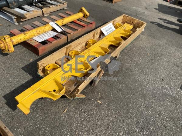 Komatsu Track Guard x 2 to suit D85EX-15R Part 154-30-71310 ItemID_4399