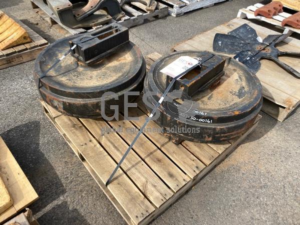 Komatsu Idler Assembly x 2 to suit BR550JG, PC270, PC300, PC308USLC, PC350, BR580JG Part 207-30-0016