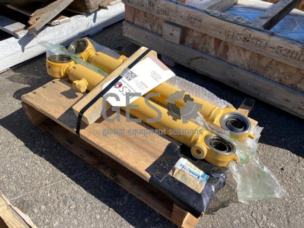 Komatsu Cylinder x 2 to suit GD555-5, GD655-5, GD655-6 Part 707-00-0J430 ItemID_4530