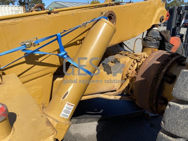 1997 Caterpillar 775D Dump Truck no Tray image 15