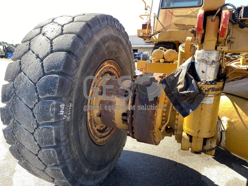 1997 Caterpillar 775D Dump Truck no Tray image 17