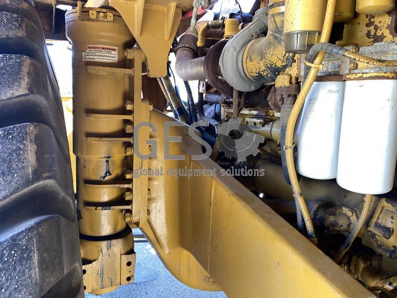 1997 Caterpillar 775D Dump Truck no Tray image 25