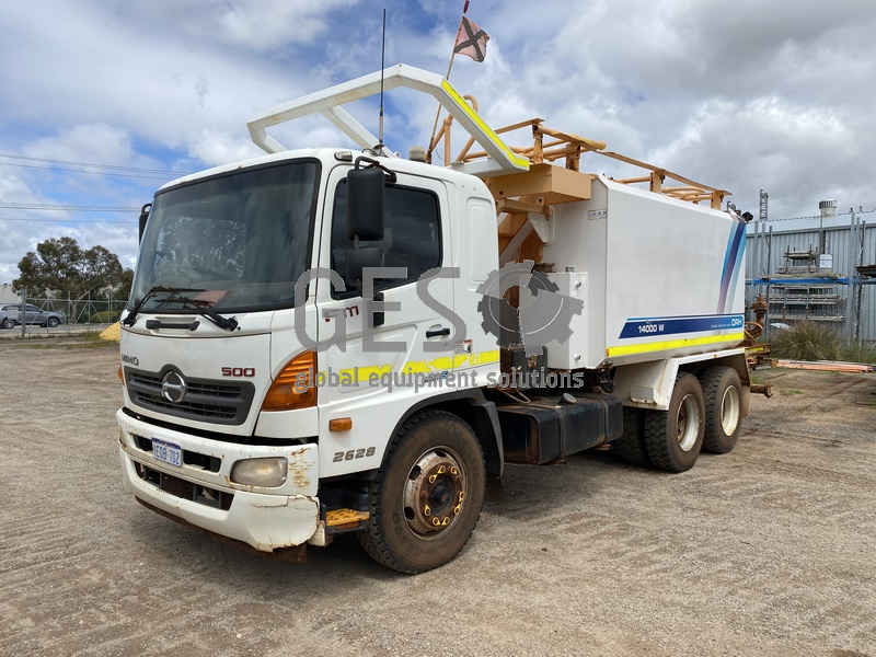 2013 Hino FM8J FM1J SER2C/CA FM500 2628 EURO 5 ORH 14000W Water Truck image 2